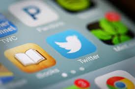 Twitter y Apple estrechan su relación
