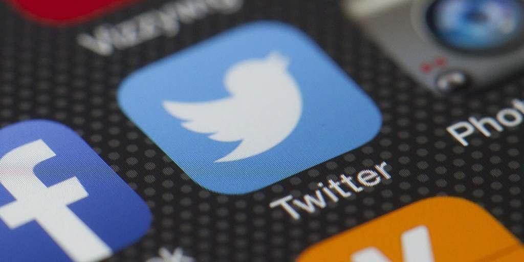 Twitter quita la restricción de 140 caracteres en los MD
