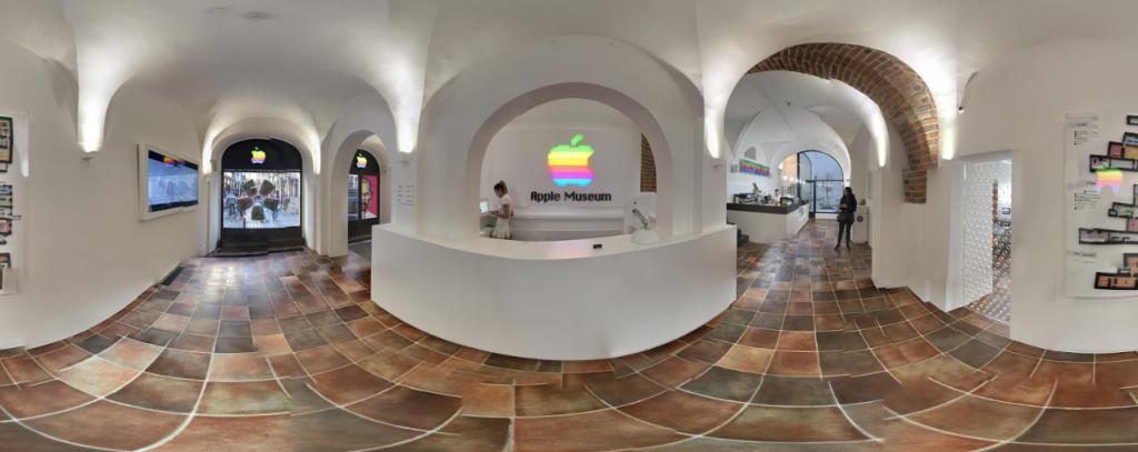 Apple Museum de Praga un tour por su historia más cerca de lo que pensabas